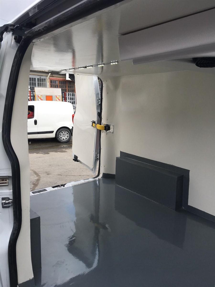 custom frigo